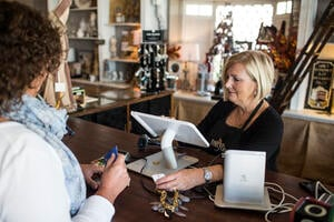 5 Benefits of Using a Point-Of-Sale System for All Merchant Types