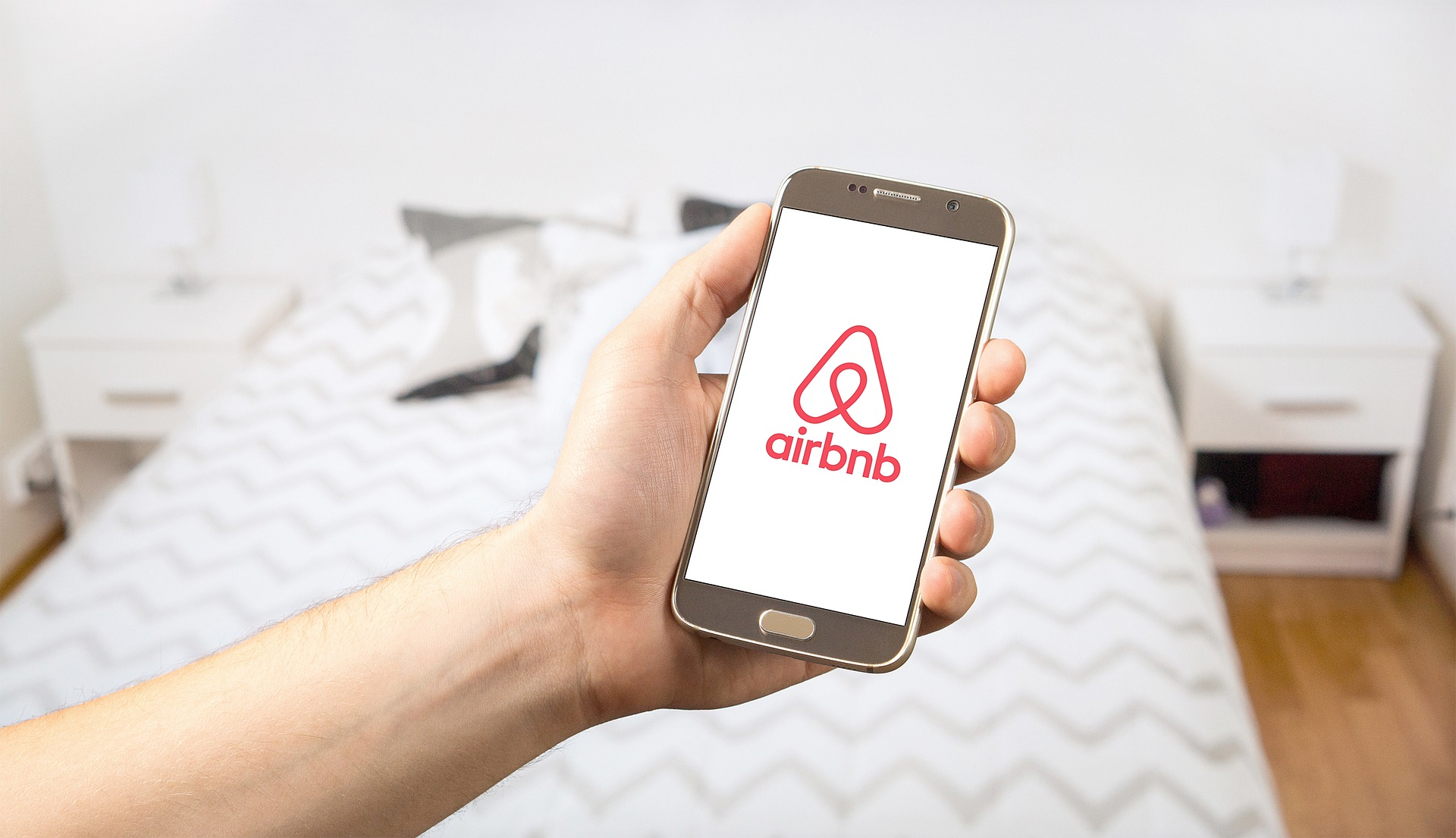 Helping Hotels Compete in an Airbnb World