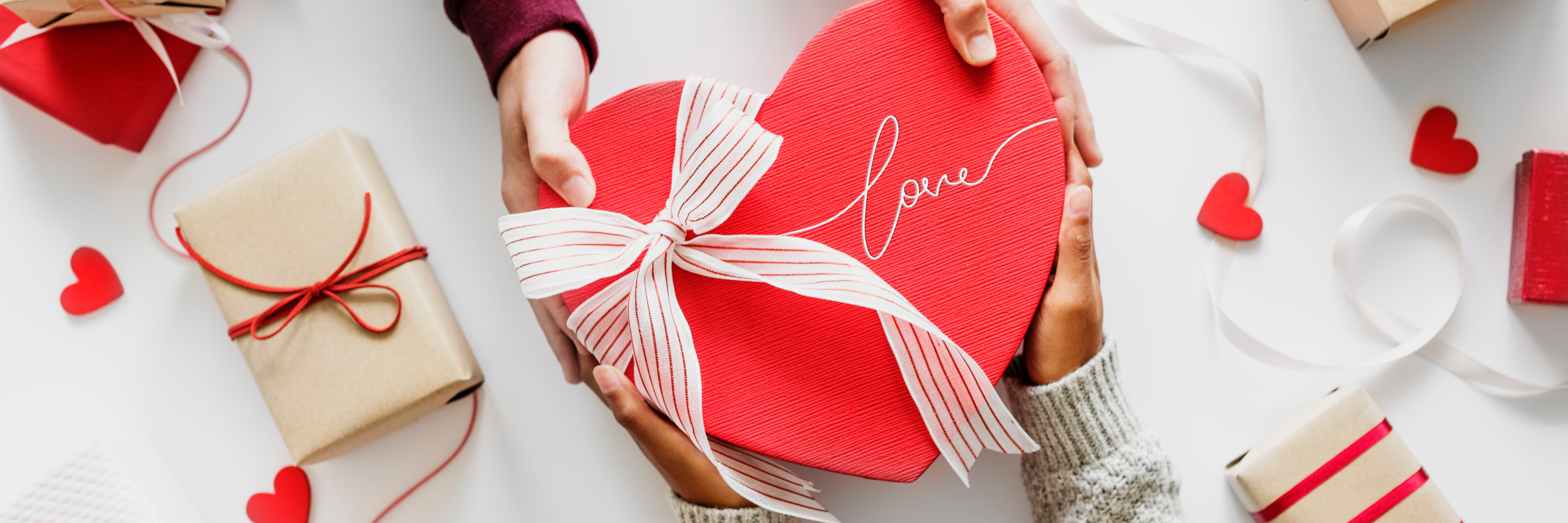 Valentine's Day Consumer Spending Trends